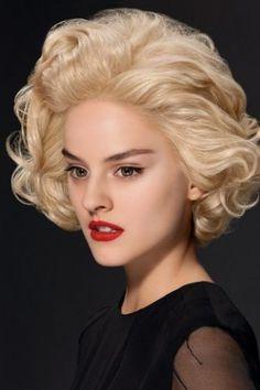 Sehr blond