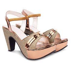 Pretty Sandals, White Sandals, Amazon Clothes, Oasis Dress, Fashion Sandals, Black High Heels, Womens High Heels, Girls Shoes, Footwear