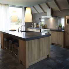 Zoek je landelijke keuken met eiland?