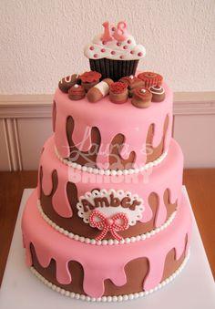 een super leuke taart met mijn naam hoe cool!!!