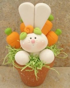 Easter Bunny Chick and Basket of Eggs by countrycupboardclay Sculpey Clay, Polymer Clay Projects, Polymer Clay Charms, Polymer Clay Art, Clay Crafts, Easter Crafts, Crafts For Kids, Edible Cupcake Toppers, Polymer Clay Animals