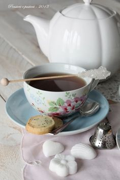In cucina con il tè: Ottobre, Five o'clock tea British Style | pensieri e pasticci
