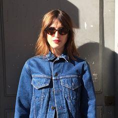 Jeanne Damas red lip, blue denim