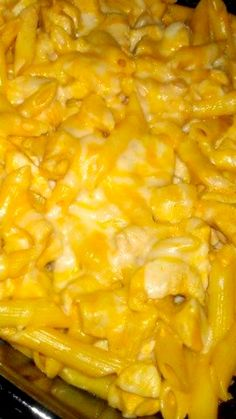 Buffalo Chicken Pasta Bake Recipe: Umm, there are no words to describe how good this recipe is! I only used half of the buffalo sauce it called for and used spicy ranch instead. Buffalo Chicken Pasta Bake Recipe, Chicken Pasta Recipes, Great Recipes, Dinner Recipes, Favorite Recipes, Easy Summer Salads, Pasta Dinners, Freezer Meals, How To Cook Pasta