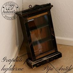 Mini vitrine urskab Graphite hylder Autentico kalkmaling