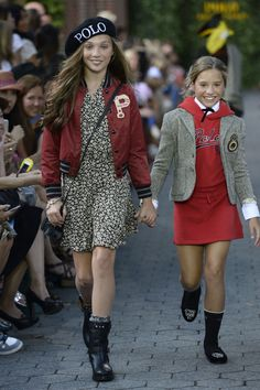 Maddie Ziegler Walks Ralph Lauren Children's Show - Ralph Lauren Children's Fall 2015 Show
