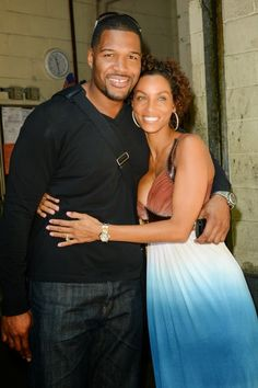 Chatter Busy: Michael Strahan And Nicole Murphy Split