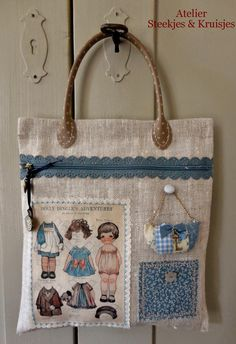 Bag made bij Gonnie from from Atelier Steekjes & Kruisjes. She used materials from our shop. Patchwork Bags, Quilted Bag, My Bags, Purses And Bags, Cath Kidston Bags, Jute Bags, Craft Bags, Fabric Bags, Handmade Bags