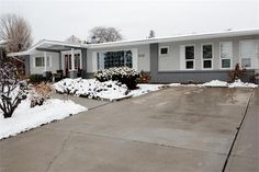 832 Ogden Road  Kelowna, BC V1Z 1R1    $419,900.00  Your Search For The Perfect Okanagan Home Stops Here!  This fantastic 4 bed 2 bath, no step rancher is perfect for families and retirees alike. With a super private and large .38 of an acre parcel you can sit and enjoy all that the Okanagan has to offer. Great views of the lake and surrounding mountains make this home a real winner. With a fully functional greenhouse, fenced in garden area and many different varieties of fruit...