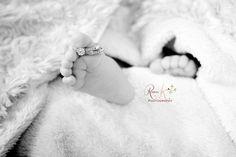 baby feet newborn