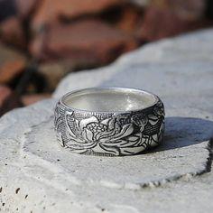 Embossed Lotus Vintage Style Silver Ring Tibetan Buddhism