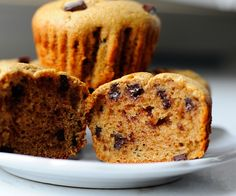 chocolate chip muffins with Almond flour