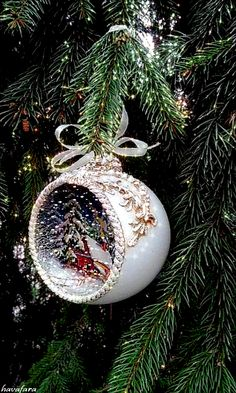1 million+ Stunning Free Images to Use Anywhere Merry Christmas Gif, Christmas Greetings, Winter Christmas, Vintage Christmas, Diy Christmas Ornaments, Christmas Tree Ornaments, Christmas Crafts, Retro Christmas Decorations, Christmas Pictures