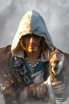 Edward Kenway - Assassin's Creed IV '' The High Seas. '' Edward Kenway will be back soon, I'm working on the restoration details for my next. High Seas - Edward Kenway Cosplay AC IV by Leon C. Assassins Creed Cosplay, Assassins Creed Black Flag, Game Character Design, Character Art, Asesins Creed, Assassin's Creed Wallpaper, Character Inspiration, Video Game, Game Art