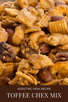 Ridiculously Addicting Toffee Chex Mix Recipe - Everyday Dishes Puppy Chow Recipes, Snack Mix Recipes, Recipes Appetizers And Snacks, Cooking Recipes, Potluck Appetizers, Snack Mixes, Candy Recipes, Everyday Dishes, Sweet And Salty