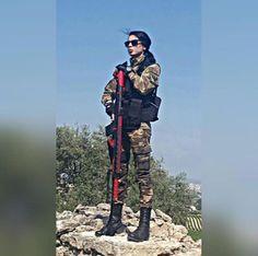 Cinsiyet değil yürek işidir 🇹🇷🇹🇷🇹🇷🇹🇷  Asena 🤘🤘🇹🇷️🇹🇷️ Turkish Soldiers, Turkish Army, Military Girl, Deadpool, Cool Girl, Girls, Motorcycle Girls, Tatuajes, Toddler Girls