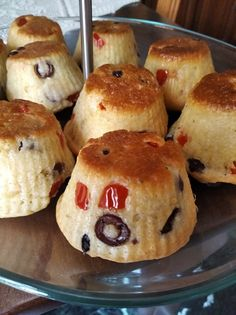 Αφράτα και απολαυστικά αλμύρα κεκάκια - ένα πολύ νόστιμο σνακ Hamburger, Muffin, Bread, Breakfast, Food, Morning Coffee, Eten, Hamburgers, Cupcakes
