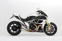Special Ducati Diavel