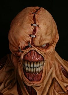 """This is a monster from the game """"Resident Evil"""". It reminds me of the ghosts as they are all damaged and ill. They have scars and wounds described much like the picture. Resident Evil Monsters, Resident Evil Nemesis, Resident Evil Game, Arte Horror, Horror Art, Horror Movies, Les Aliens, Evil Art, Final Fantasy Vii Remake"""