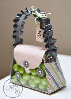 So cute ....Purse done with the Sizzix Purse Die and Stampin' Up's window sheets!  Stampin' Up!