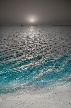Lever de #soleil à Doha #mer #plage photo Abdulla555