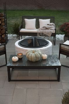53 cozy outdoor fire pit seating design ideas for backyard - Garden Design Ideas 2019 Fire Pit Furniture, Outdoor Furniture Sets, Outdoor Decor, Furniture Ideas, Outdoor Ideas, Outdoor Heaters, Patio Heater, Fire Pit Seating, Outdoor Seating Areas