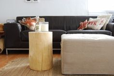 @muebleslufe Mesa hecha a partir de un tronco o cómo dar un aire escandinavo a cualquier ambiente. Coffee table made from a log, or how to create a scandinavian background at home. Decor, Furniture, Ottoman, Chair, Home, Home Decor