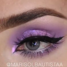 Yay or Nay? 💙💜 ⁣ ⁣ By: videos ojos Yay or Nay? Prom Eye Makeup, Halloween Eye Makeup, Maquillage Halloween, Glam Makeup, Eyebrow Makeup, Beauty Makeup, Best Makeup Tips, Best Makeup Products, Makeup Trends