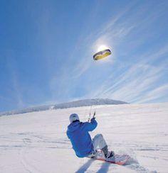 Snowkite sur le Mézenc Mézenc, Haute-Loire, Auvergne http://www.respirando.fr/index.php/sports-hiver-ski-snow/snow-kite.html