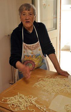 Pugliese, the art of making pasta