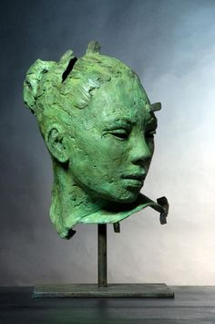 Untitled sculpture (2011) by South African artist Lionel Smit (b.1982). via Artodyssey