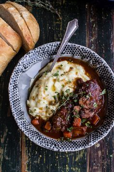 One-Pot 45 Minute Coq au Vin with Brown Butter Sage Mashed Potatoes // This recipe is mindblowing. Its not as complex as true Coq au Vin but it has all the flavors. I Love Food, Good Food, Yummy Food, Tasty, Food For Thought, Cooking Recipes, Healthy Recipes, Gourmet Dinner Recipes, Simple Recipes