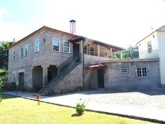 Restored farm, in stone, with pool in Arcos de Valdevez, Viana do Castelo, Minho, Portugal - Stone farmhouse completely restored with an area of 22.000m2. Good sun exposure and all kinds of fruit trees. Pleasant place situated near the center of Arcos de Valdevez. - http://www.portugalbestproperties.com/component/option,com_iproperty/Itemid,13/id,962/view,property/#