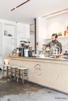 Slow Coffee House is gevestigd in LX factory Lissabon. Een oud fabrieksterrein…