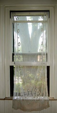 ~ beautiful lace curtain... Would love this for my kitchen window