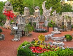 Coral Castle in Homestead, FL. Dad would take me here as an outing on a Saturday. A real fantasy place for a child. State Of Florida, Florida Keys, Coral Castle, Little Havana, Mall Of America, Magic City, Fantasy Places, Sanibel Island, Key West