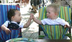 Totseat: praktické sezení kdekoli   Hračky pro děti - dřevěné, plyšové pro kluky i holčičky – Toyplanet