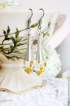 """Купить Серьги кристаллы """"Мимоза"""" - эпоксидная смола, подарок, подарок девушке, подарок женщине"""