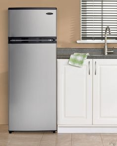 Danby DPF074B1BSLDD 8.76 cu. ft. Counter-Depth Top-Freezer Refrigerator with 3 Adjustable Glass Shelves, 4 Door Bins, Produce Crisper and 1 Wire Freezer Shelf