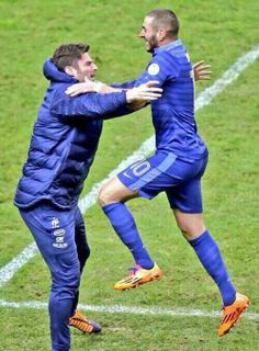 Giroud & Benzema Celebrate France Qualifying for World Cup 2014.