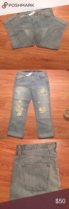 """J Crew Vintage Straight Jeans New distressed straight leg jeans can be worn with or without cuff. Inseam is 25 1/2"""" cuffed and 29"""" without cuff.  Waist laying flat 18"""". 100% cotton. Smoke free home. J. Crew Jeans Straight Leg"""