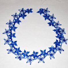 Crystal flower necklace.   Full tute.  #Seed #Bead #Tutorials