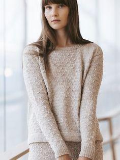 Ravelry: Eeva Sweater pattern by Sari Nordlund Intarsia Knitting, Sweater Knitting Patterns, Knit Patterns, Free Knitting, Wardrobe Design, Moss Stitch, Wool Sweaters, Pulls, Capsule Wardrobe
