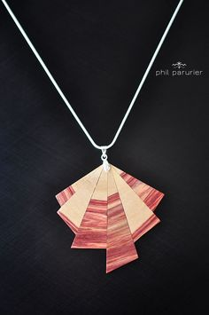 collier argent 925, pendentif en bois de rose. wooden necklace, wooden jewelry, necklace, gemstone necklace. contemporary jewelery