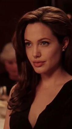 Music Video Song, Music Videos, Vsco Video, Angelina Jolie, Circle Quotes, Beautiful Arabic Words, Cute Casual Outfits, Iphone