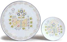 "Fine Ceramic plates with typical ""hen"" decorations. By Loddo ceramica, Dorgali, Sardinia, Italy."