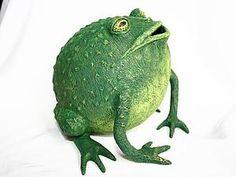 Pappmache Frog - step by step Photo tutorial - Schritt für Schritt Bildanleitung - Делаем забавную копилку