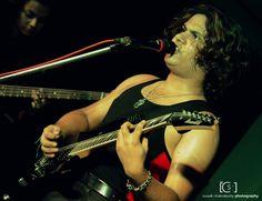 Frontman Tom