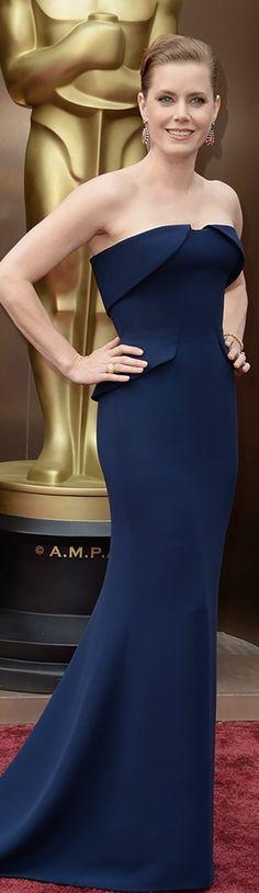 Amy Adams in Gucci Première   Oscars 2014 Wat een prachtige kleur blauw (warm gedempt)