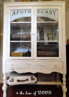 4 the love of wood: THIS LADY KNOWS WHAT SHE'S DOIN - apothecary cabinet